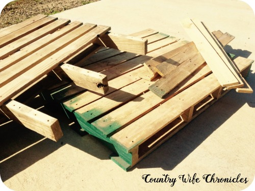 DIY Pallet Planter Pallets and Pieces
